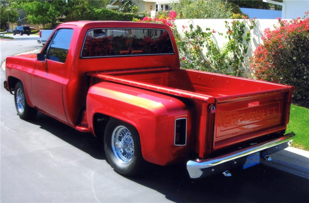 1976 CHEVROLET SHORT BED CUSTOM PICKUP - Rear 3/4 - 130358