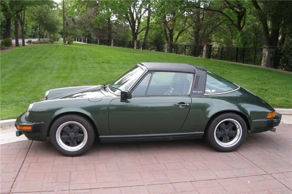 1979 PORSCHE 911 SC TARGA - Side Profile - 130368