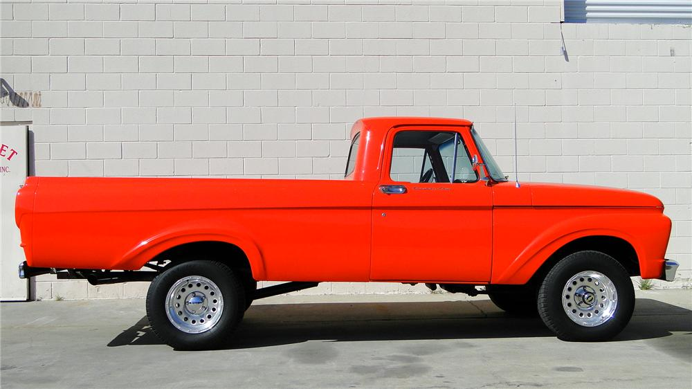 1962 FORD F-100 CUSTOM PICKUP - Front 3/4 - 130370
