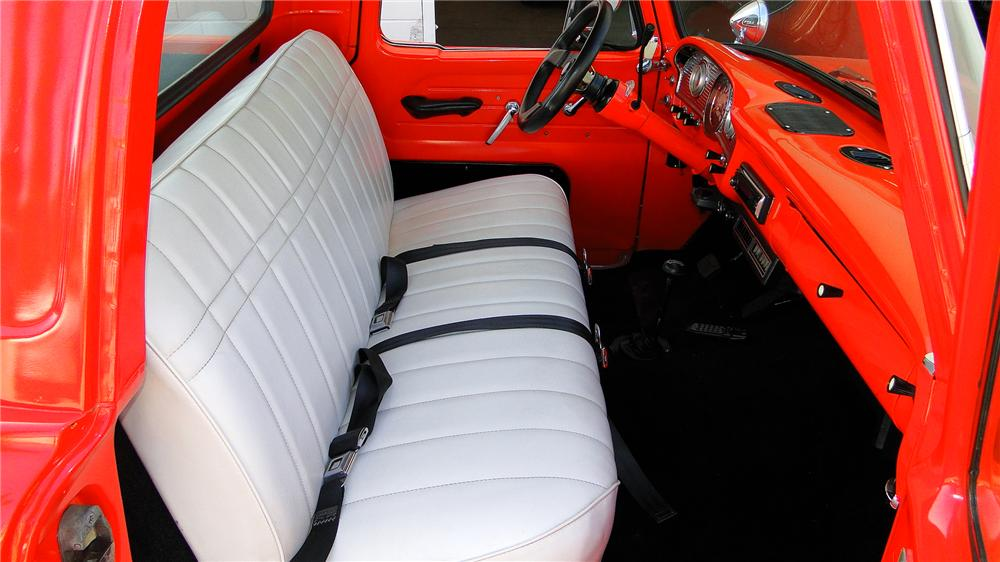 1962 FORD F-100 CUSTOM PICKUP - Interior - 130370