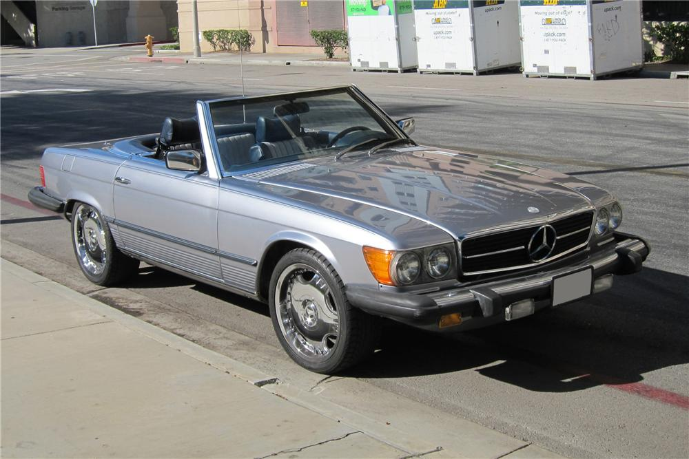 1978 MERCEDES-BENZ 450SL CONVERTIBLE - Front 3/4 - 130372