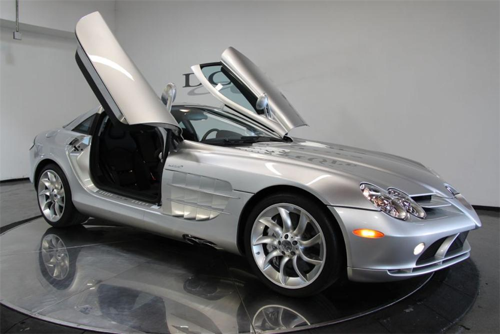 Superb ... 2005 MERCEDES BENZ SLR MCLAREN 2 DOOR COUPE   Side Profile   130378