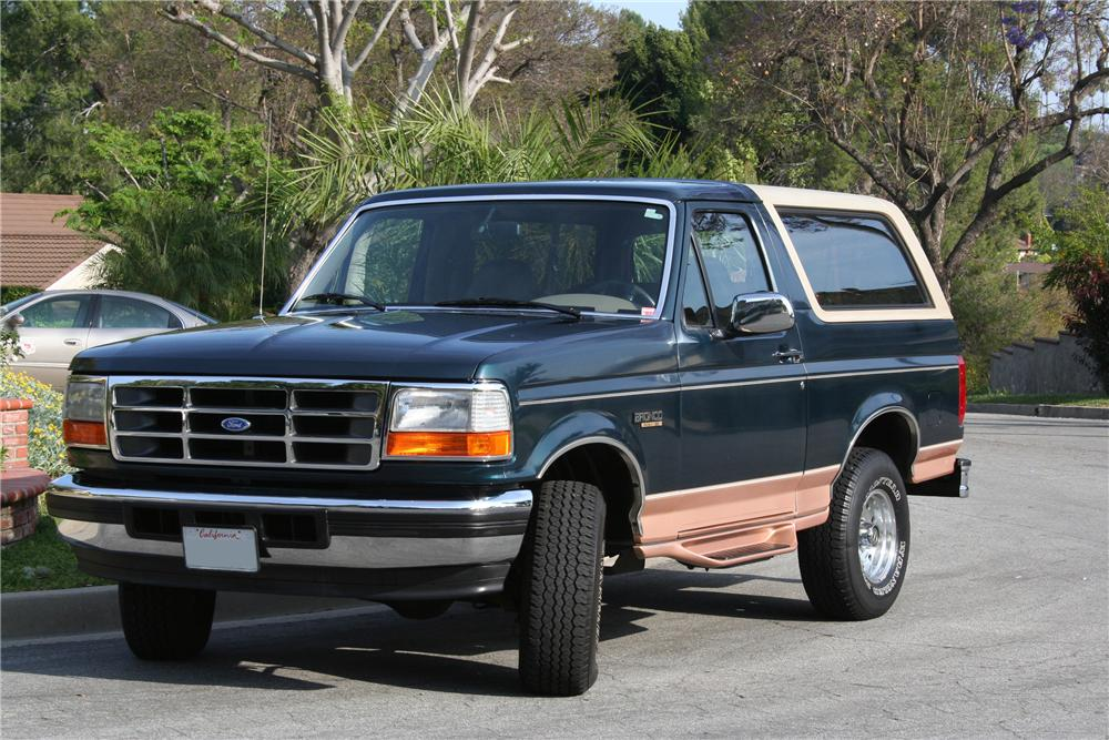 1995 FORD BRONCO SUV - Front 3/4 - 130388