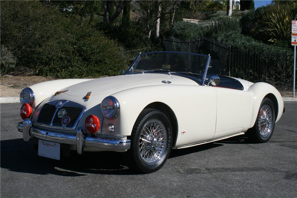 1957 MG A ROADSTER - Front 3/4 - 130389