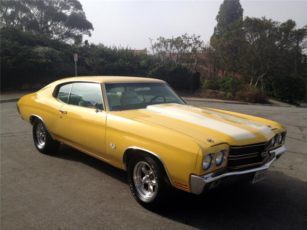 1970 CHEVROLET CHEVELLE CUSTOM COUPE - Front 3/4 - 130393
