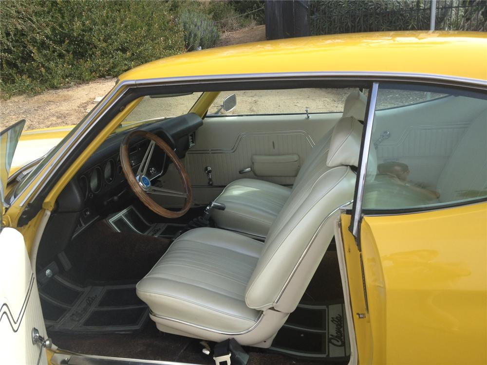 1970 CHEVROLET CHEVELLE CUSTOM COUPE - Interior - 130393
