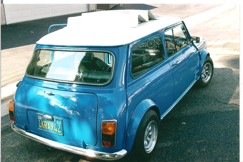 1969 AUSTIN MINI COOPER CUSTOM 2 DOOR COUPE - Rear 3/4 - 130405