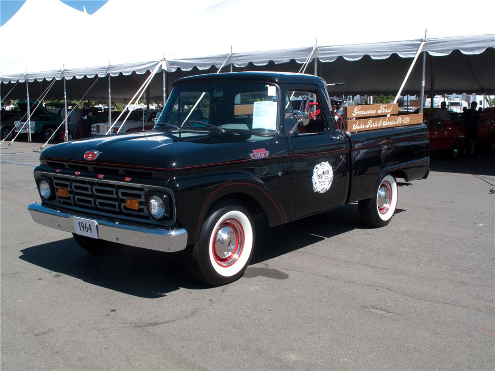 1964 FORD F-100 SHORT BED PICKUP - Front 3/4 - 130408