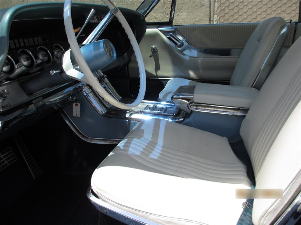 1964 FORD THUNDERBIRD 2 DOOR COUPE - Interior - 130423