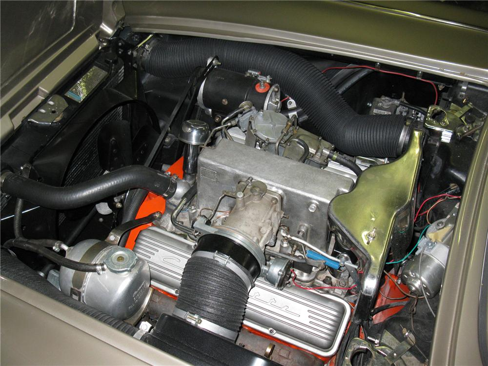 1962 CHEVROLET CORVETTE CONVERTIBLE - Engine - 130437