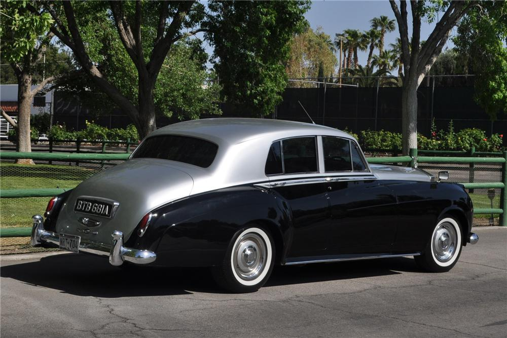 1962 BENTLEY S-2 4 DOOR SEDAN - Rear 3/4 - 130442