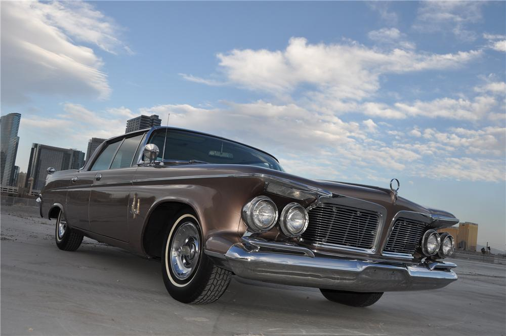 1962 IMPERIAL CROWN 4 DOOR HARDTOP - Front 3/4 - 130445