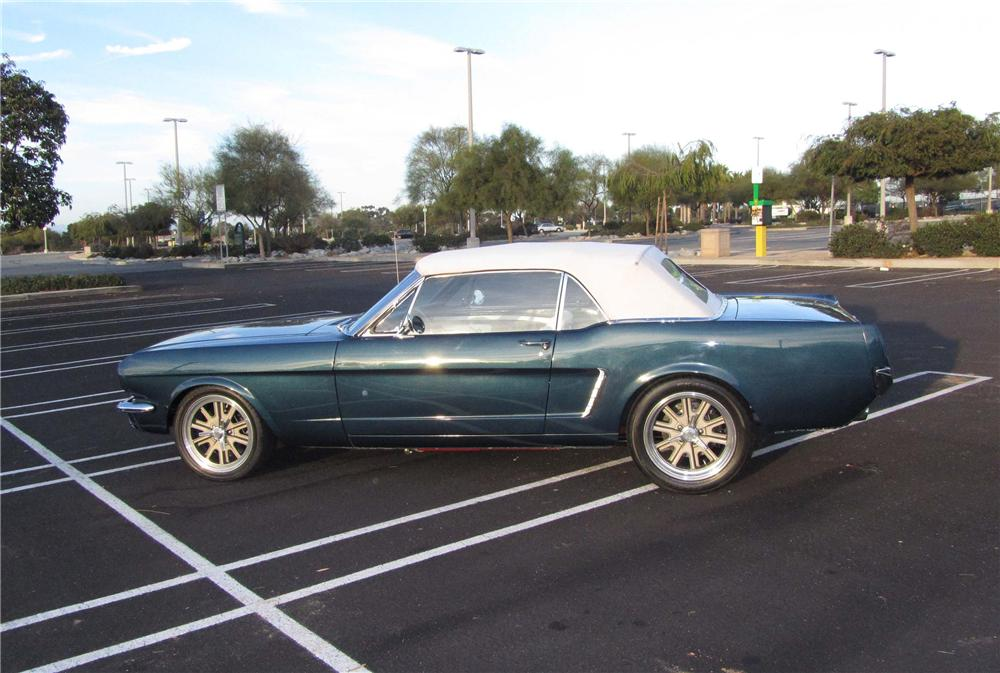 1965 FORD MUSTANG CUSTOM CONVERTIBLE - Side Profile - 130453
