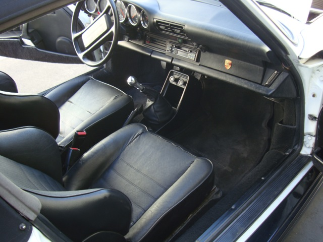 1975 PORSCHE 911 CUSTOM CONVERTIBLE - Interior - 130462
