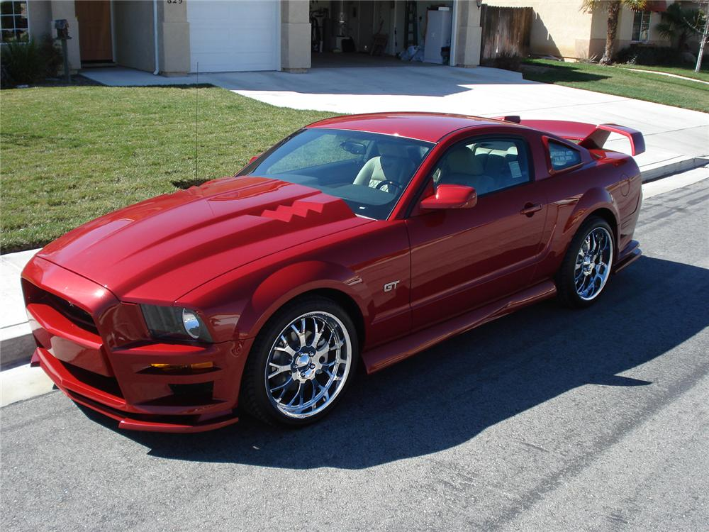 2008 FORD MUSTANG CUSTOM 2 DOOR COUPE - Side Profile - 130466