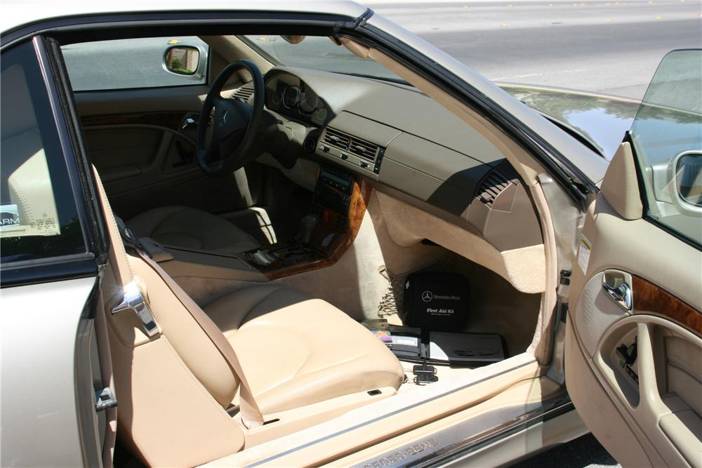 1999 MERCEDES-BENZ SL500 CONVERTIBLE - Interior - 130533