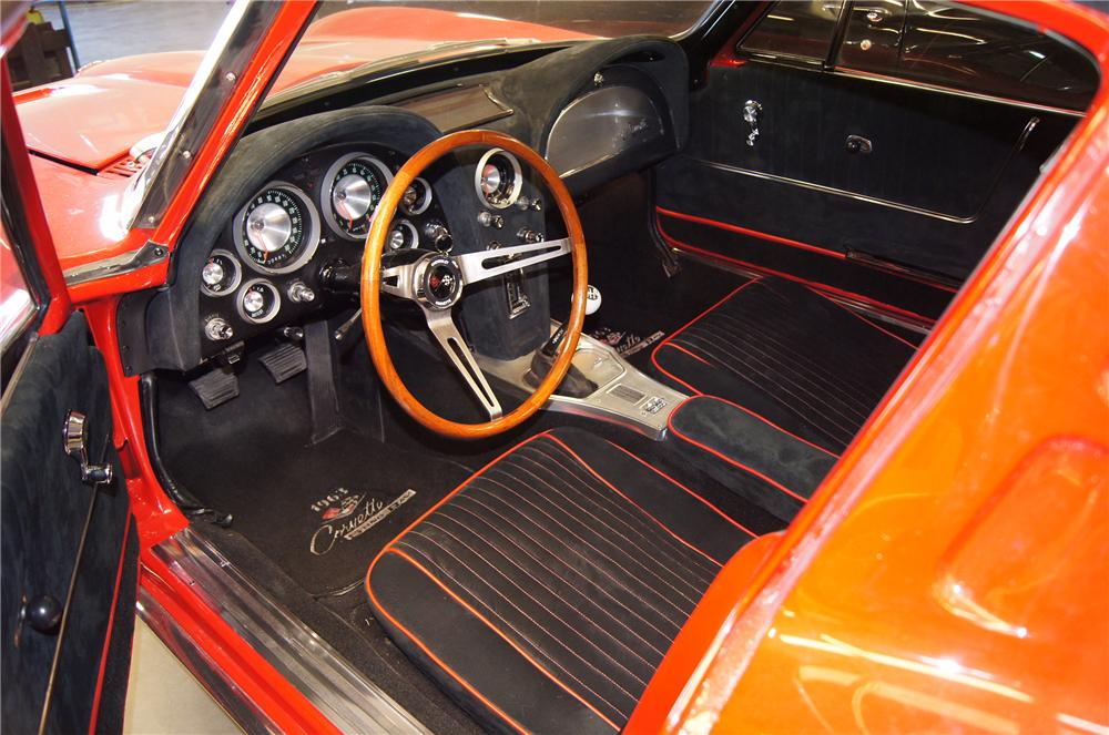 1963 CHEVROLET CORVETTE COUPE - Interior - 130623