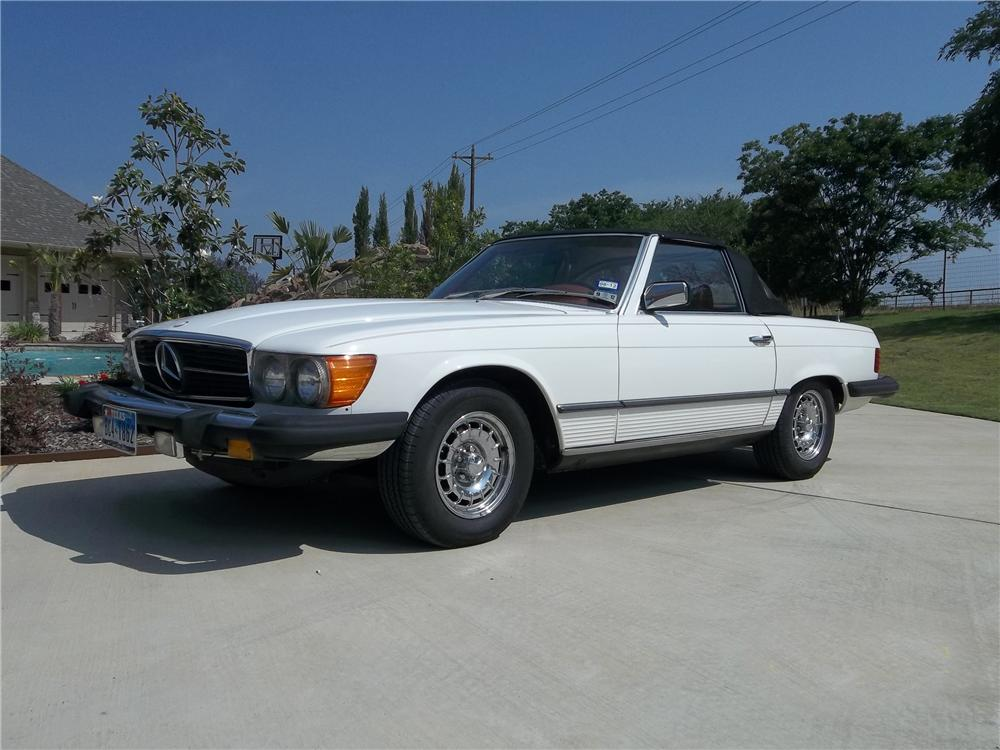1979 MERCEDES-BENZ 450SL CONVERTIBLE - Front 3/4 - 130624