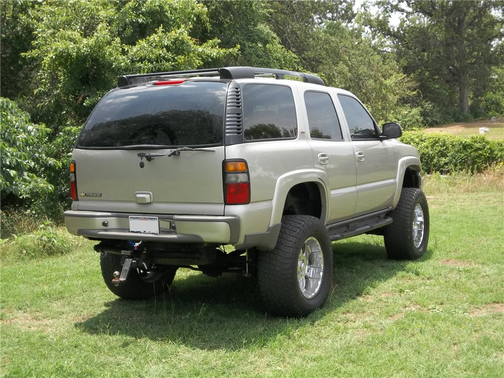 2005 CHEVROLET TAHOE Z71 SUV - Rear 3/4 - 130627
