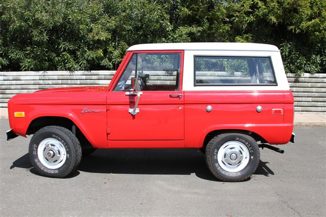 1974 FORD BRONCO SUV - Side Profile - 130639