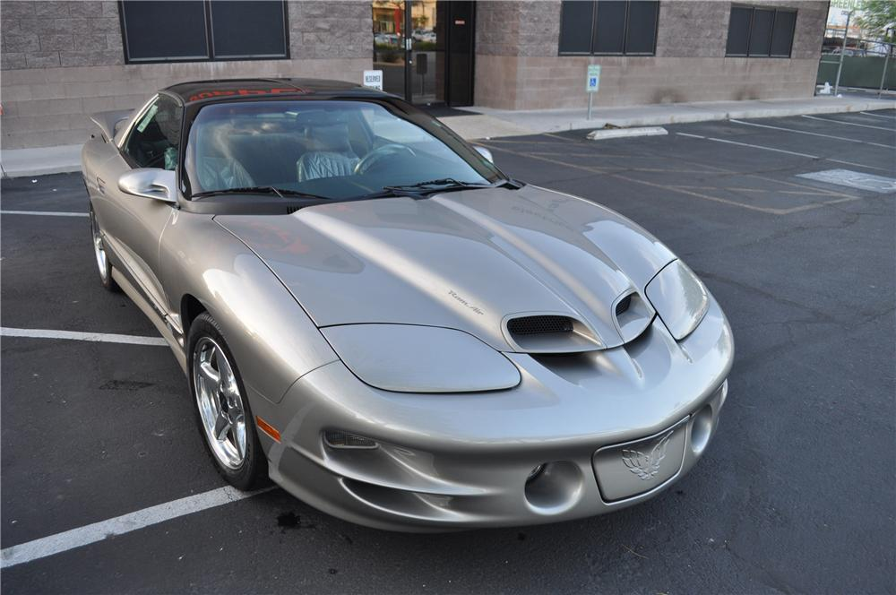 1999 PONTIAC TRANS AM WS6 2 DOOR COUPE - Front 3/4 - 130721