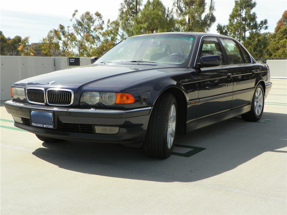 2000 BMW 740IL 4 DOOR SEDAN - Front 3/4 - 130726