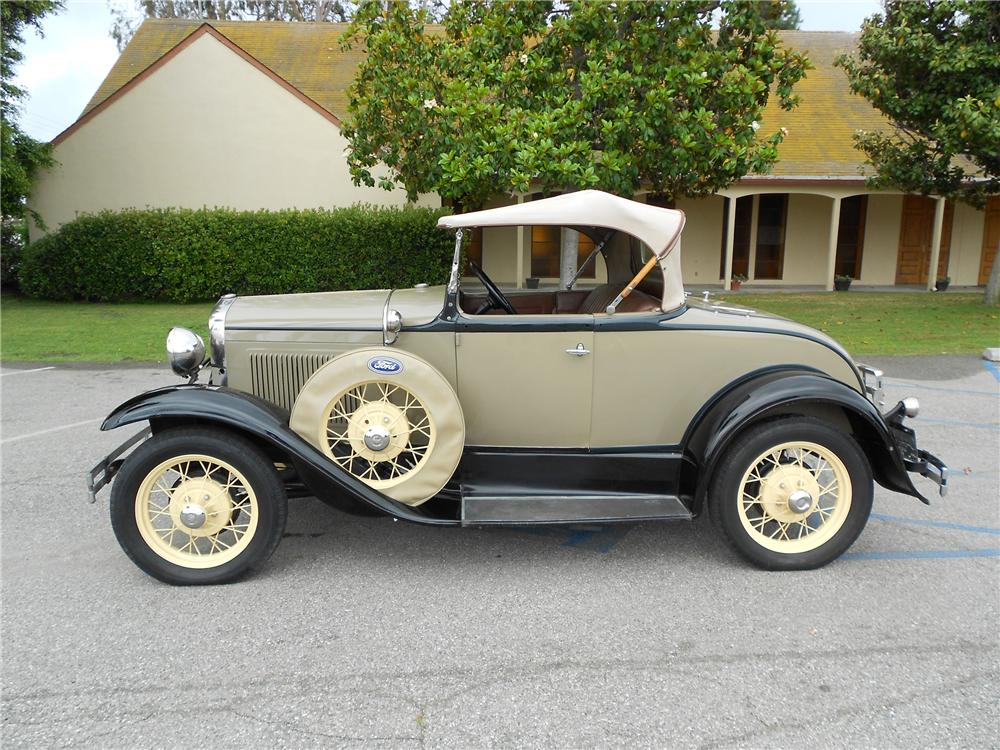 1930 FORD MODEL A ROADSTER - Side Profile - 130732
