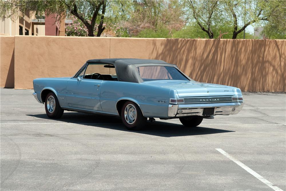 1965 PONTIAC GTO CONVERTIBLE - Rear 3/4 - 130788