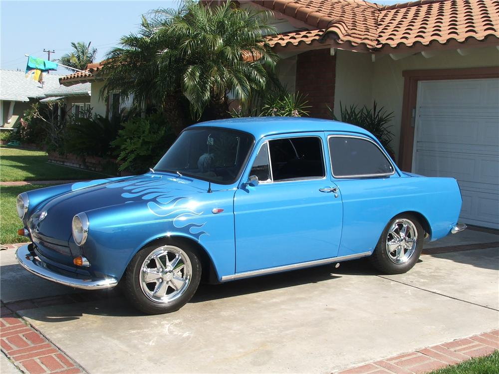 1963 VOLKSWAGEN CUSTOM NOTCHBACK COUPE - Front 3/4 - 130899