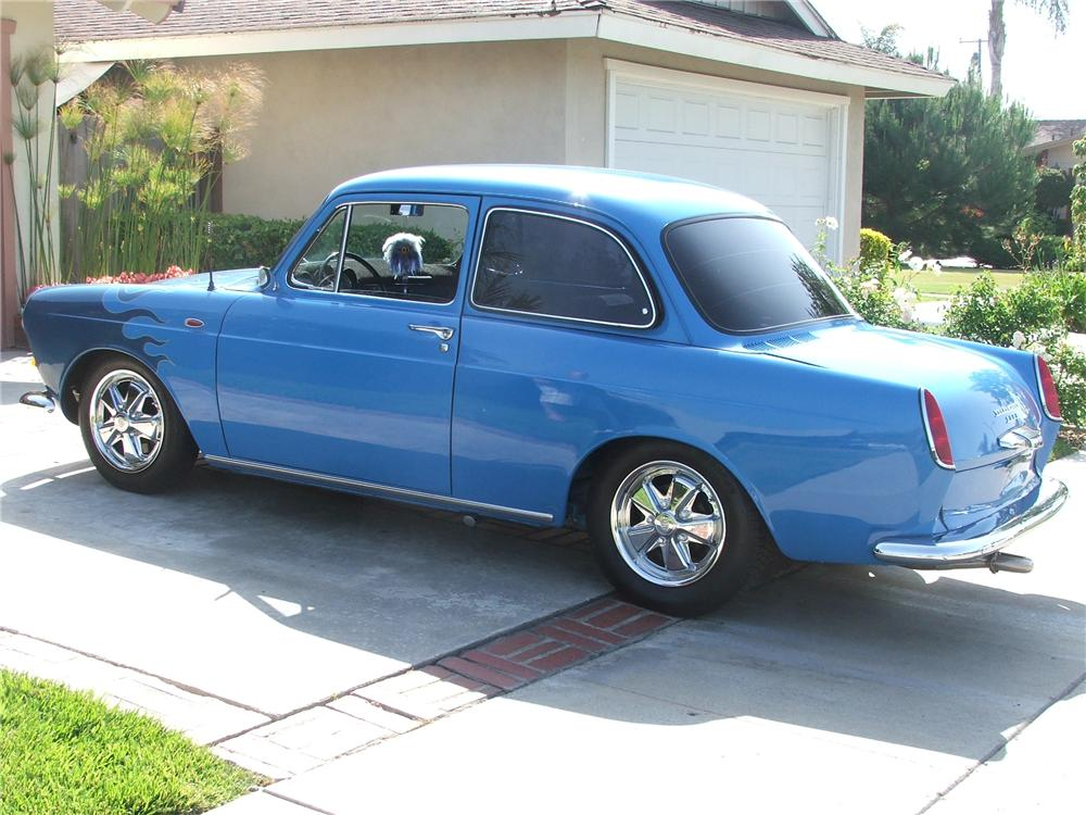 1963 VOLKSWAGEN CUSTOM NOTCHBACK COUPE - Rear 3/4 - 130899