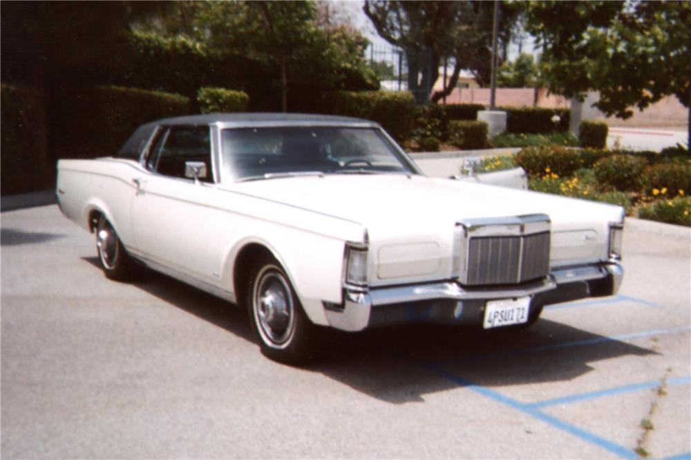 1969 LINCOLN CONTINENTAL MARK III 2 DOOR COUPE - Front 3/4 - 130902