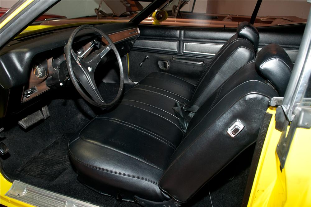 1971 PLYMOUTH ROAD RUNNER 2 DOOR COUPE - Interior - 130912