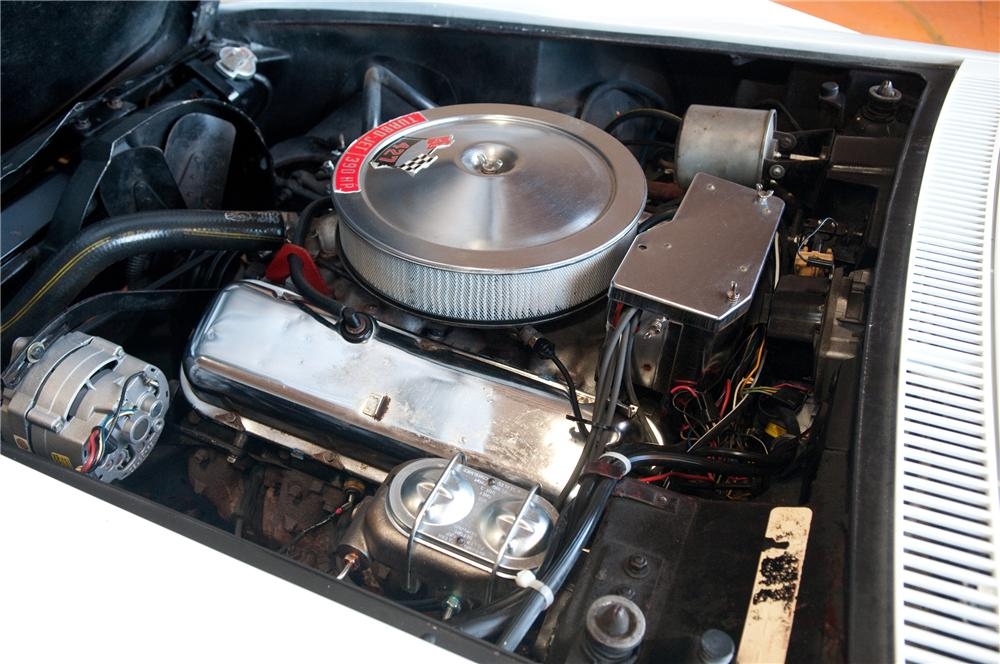 1968 CHEVROLET CORVETTE CONVERTIBLE - Engine - 130913