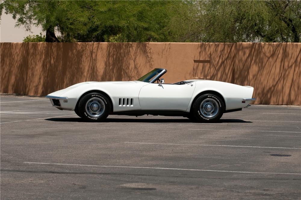 1968 CHEVROLET CORVETTE CONVERTIBLE - Side Profile - 130913