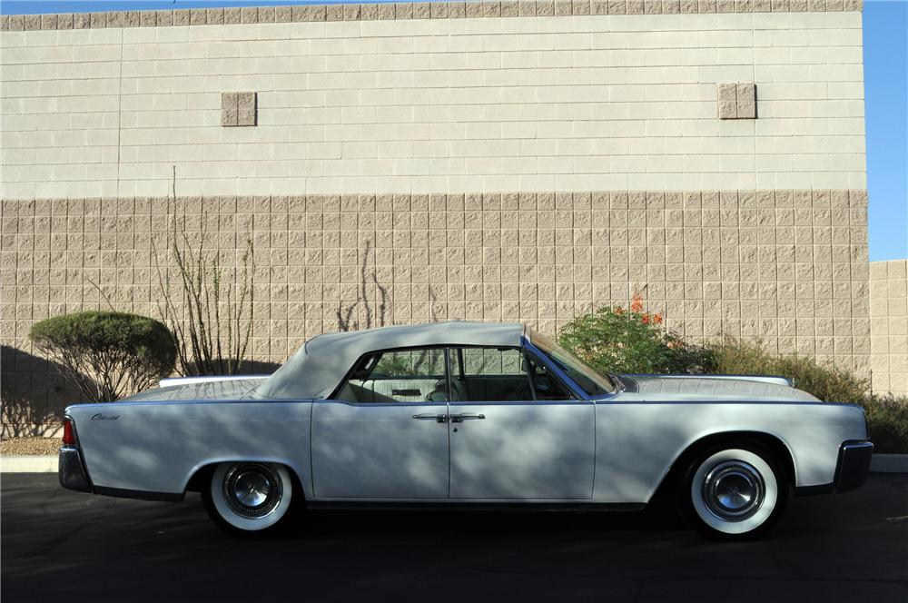 1964 LINCOLN CONTINENTAL CONVERTIBLE - Side Profile - 130916