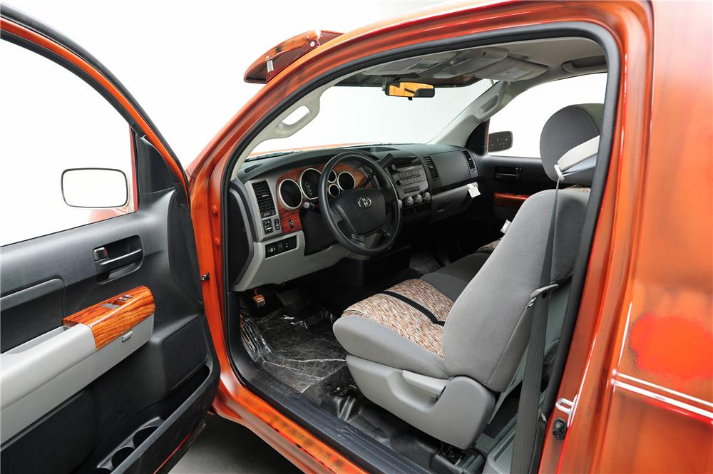 2011 TOYOTA TUNDRA CUSTOM PICKUP - Interior - 130931