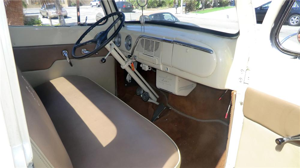 1951 FORD F-1 PICKUP - Interior - 130936