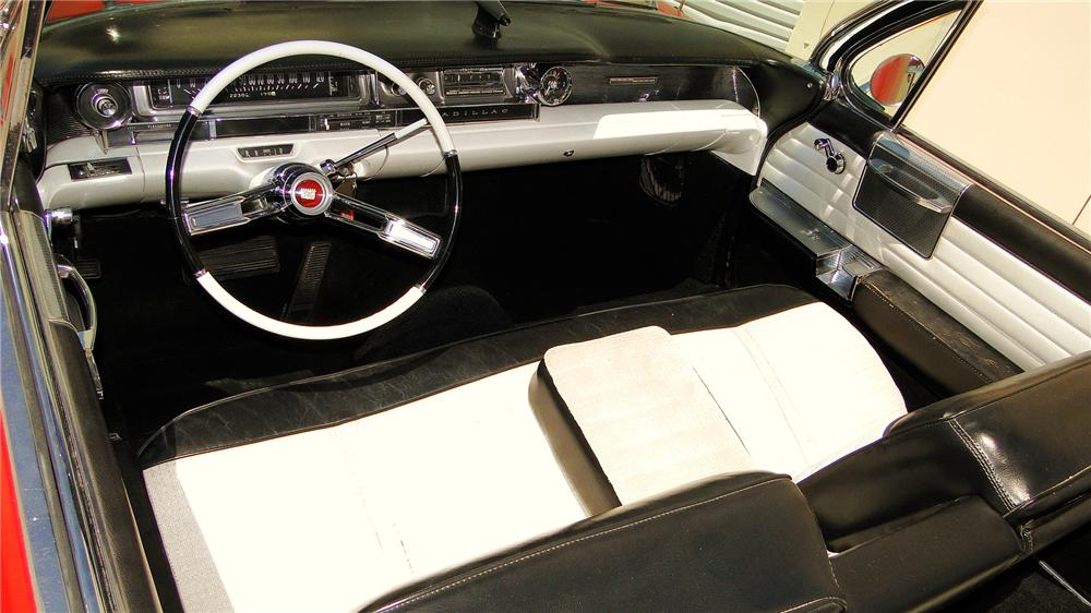 1961 CADILLAC SERIES 62 CONVERTIBLE - Interior - 130940