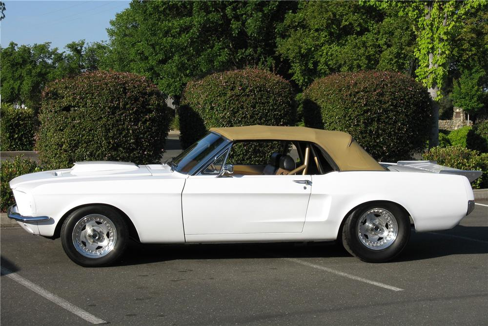 1968 FORD MUSTANG CUSTOM CONVERTIBLE - Side Profile - 130944