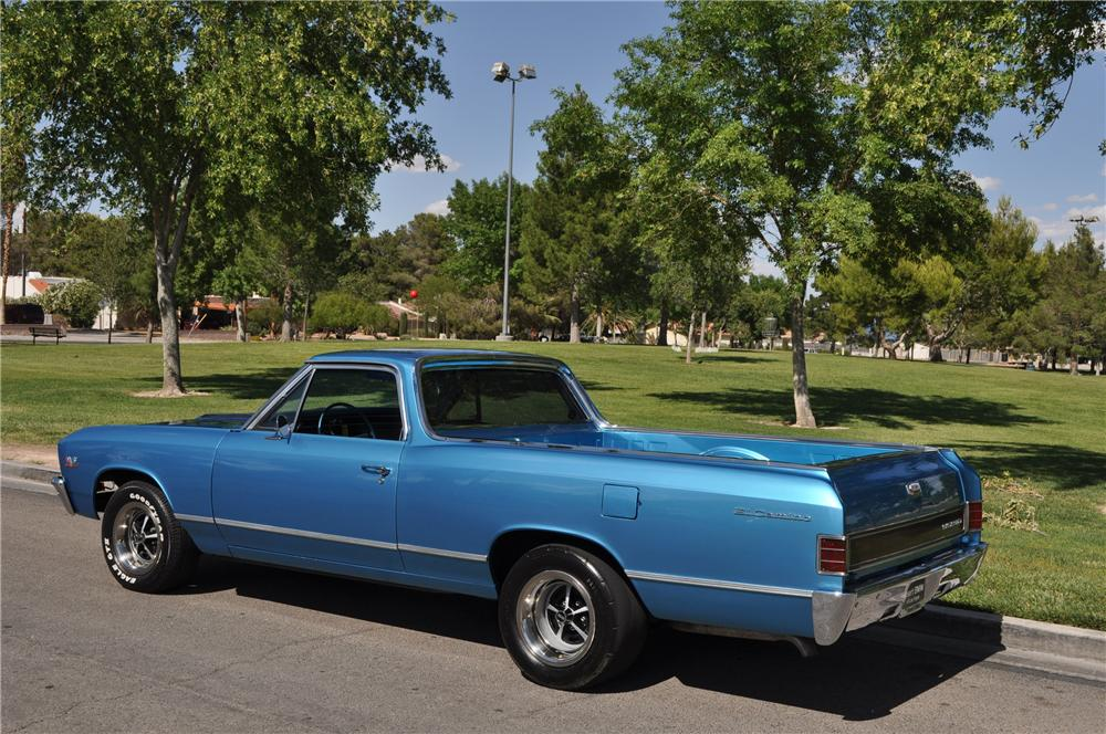 1967 CHEVROLET EL CAMINO CUSTOM PICKUP - Rear 3/4 - 130953