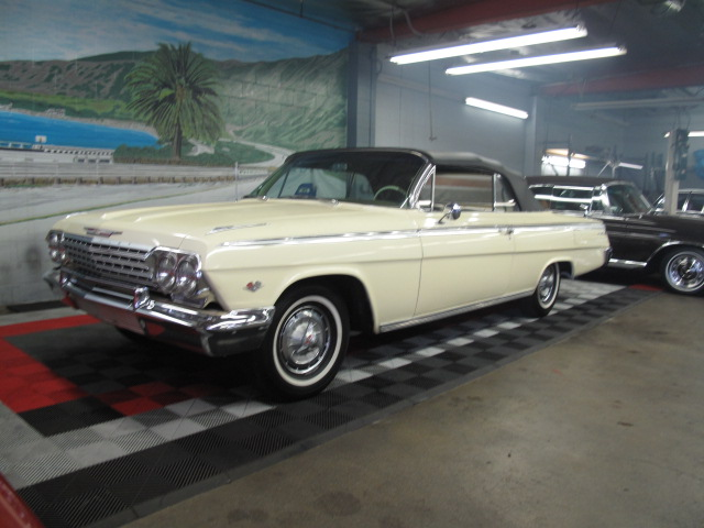 1962 CHEVROLET IMPALA SS CONVERTIBLE - Front 3/4 - 130969