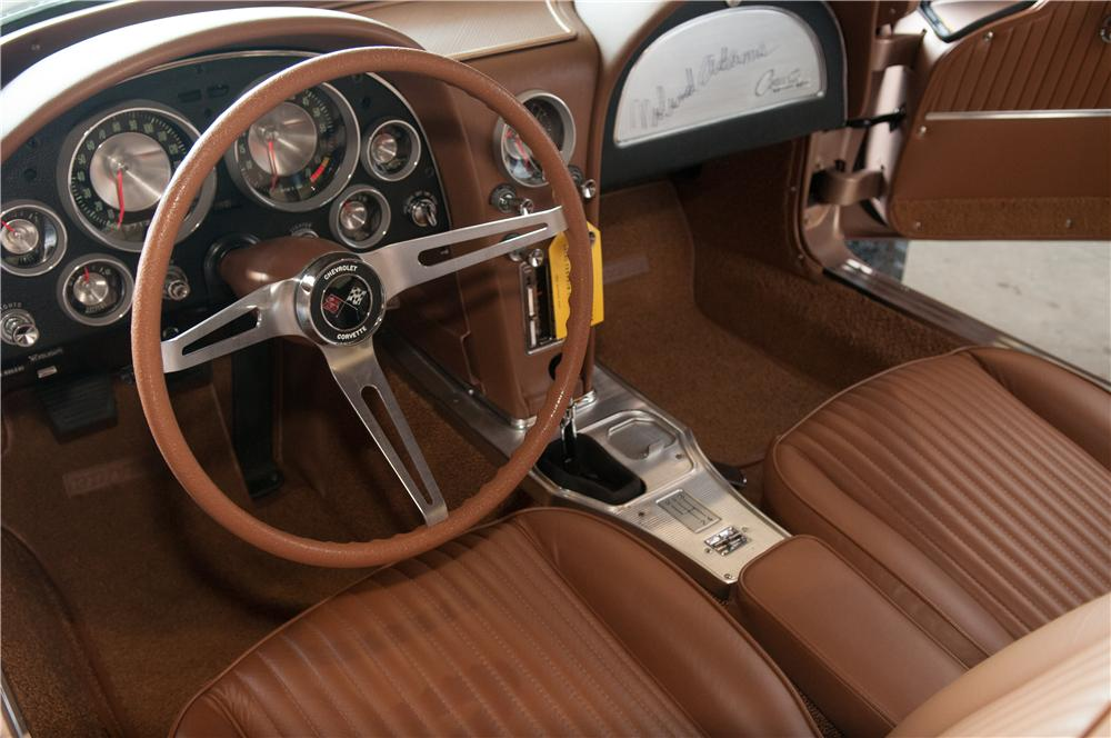 1963 CHEVROLET CORVETTE 2 DOOR COUPE - Interior - 130983