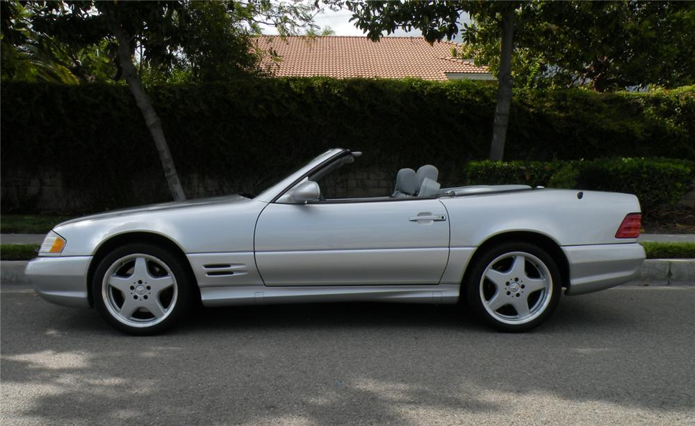 2001 MERCEDES-BENZ SL500 CONVERTIBLE - Side Profile - 130985