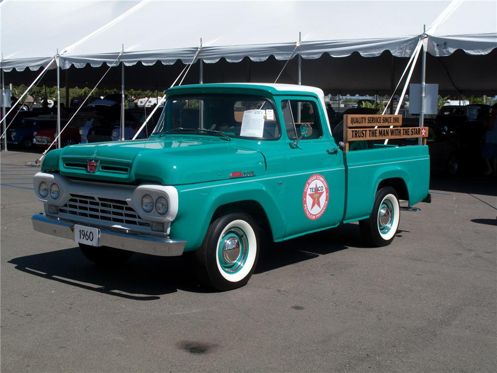 1960 FORD F-100 CUSTOM PICKUP - Front 3/4 - 131000