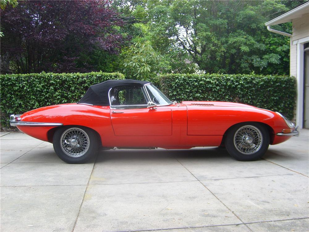 1967 JAGUAR XKE SERIES I CONVERTIBLE - Side Profile - 131009