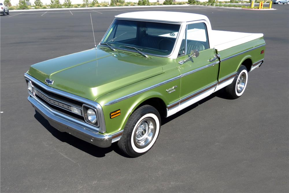 1970 CHEVROLET C-10 PICKUP - Front 3/4 - 131013
