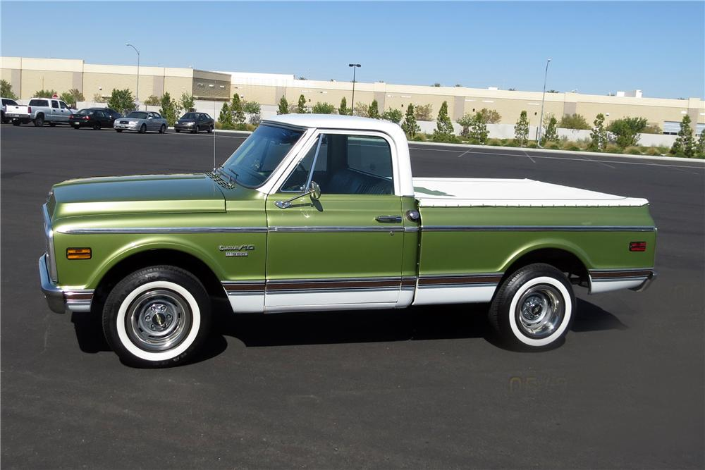 1970 CHEVROLET C-10 PICKUP - Side Profile - 131013