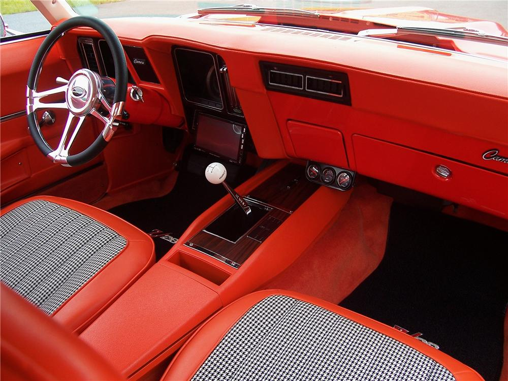 1969 CHEVROLET CAMARO CUSTOM 2 DOOR COUPE - Interior - 131019