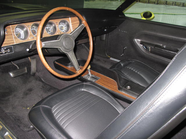 1970 PLYMOUTH CUDA AAR 2 DOOR COUPE - Interior - 131043