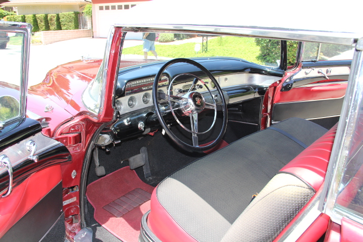 1954 BUICK ROADMASTER SERIES 76 C 2 DOOR COUPE - Interior - 131045